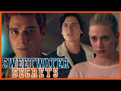 'Riverdale' KJ Apa Teases Season 2 Secrets & 'Exploring' Varchie Relationship | Sweetwater Secrets