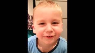 Vierjarige zingt vogeltje da nie kon kakken
