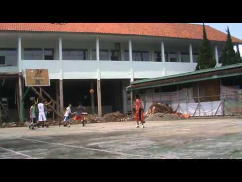 SMKN2 Bandung Basketball.MPG