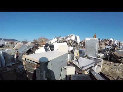 SCRAPPING WATER HEATER ALUMINUM ROOFING MATERIAL!