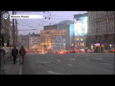 Turkmenistan Devalues Manat: Currency slumps as ruble continues slide