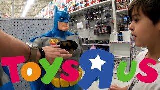 We are in ToysRUS best toys store ever Кращий магазин іграшок а Америці kids toys іграшки для дітей