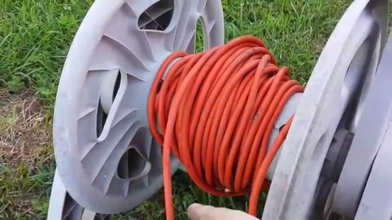 How to recycle a broken garden hose reel
