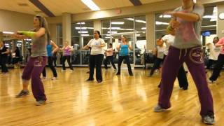 "Zumba with Isabel and Candy ""Besito e Caramelo"" Reggaeton/Cumbia"