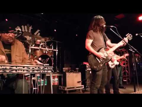 Shooter Jennings - The Door [George Jones cover] (Houston 01.31.16) HD