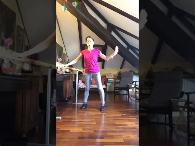 ballet training at home, during quarantene sophie sarrote,