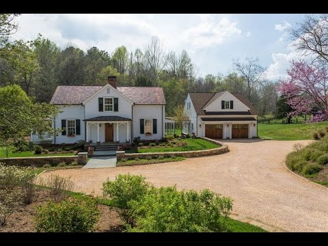 Exceptional Custom Farm House in Charlottesville, Virginia