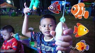 Main Pancing-pancingan Di Pasar Malam | Mainan Anak Pancing Pancingan Anak