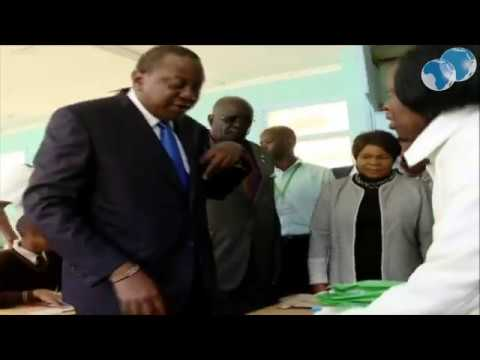 President Kenyatta makes an impromptu visit of Uhuru Gardens Primary School