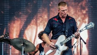"""Queens of the Stone Age (2) """"Millionaire"""" Live 2013 - HD"""