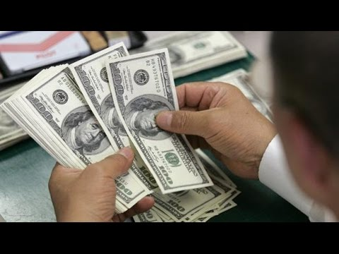 Jornal Nacional Dólar atinge maior cotação nominal da história do real, após decisão do BC