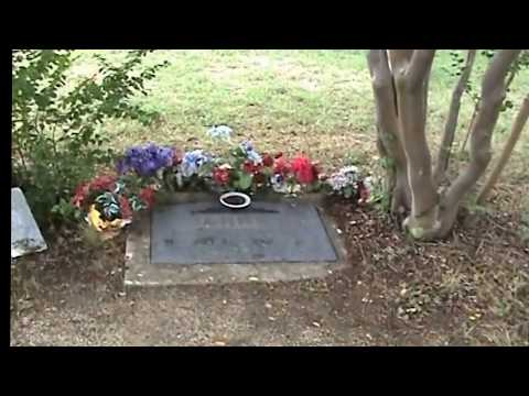 Bonnie and Clydes Graves: (Jerry Skinner Documentary) - YouTube