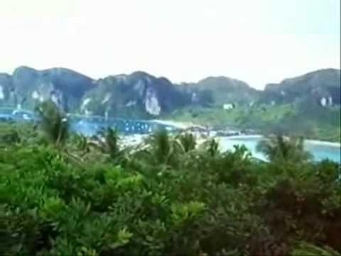 "My Maya Bay Arrival ~Again! (2008) The Real ""Beach"" (Phi Phi Islands-Thailand)"