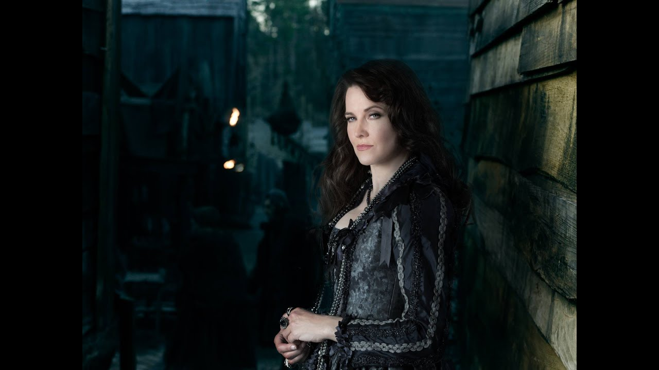 Lucy Lawless Plays Powerful Witch In -5565