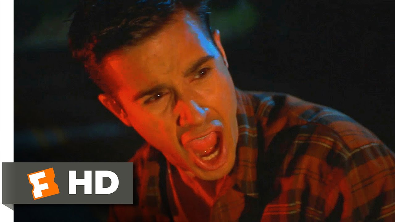 Download I Still Know What You Did Last Summer (1998) - Trouble on the Road Scene (1/10) | Movieclips