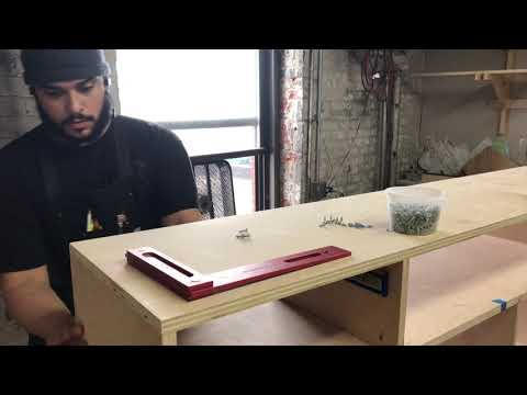 BUILDING QUICK AND EASY DRAWERS.