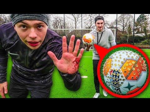 SCHMERZHAFTE FUßBALL CHALLENGE ENDET BLUTIG !