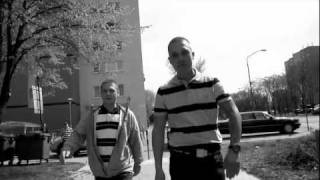 Moloch Vlavo duet s Agresívnym Okom - Baví Ma To Viac Demo 2010 (OFFICIAL VIDEO 2011 HD)