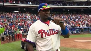 NYM@PHI: Howard addresses Philly fans before the game