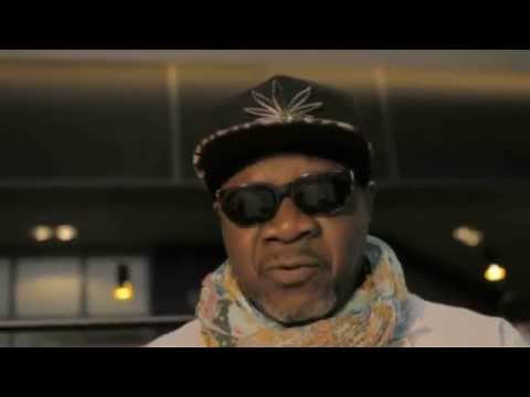 """Papa Wemba - 4 Minutes 29"""" D'adoration (Official Clip)"""