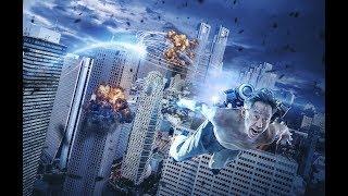 中年大叔被UFO砸中后,居然变成了拯救世界的超级英雄!几分钟看完日本科幻片《犬舍》