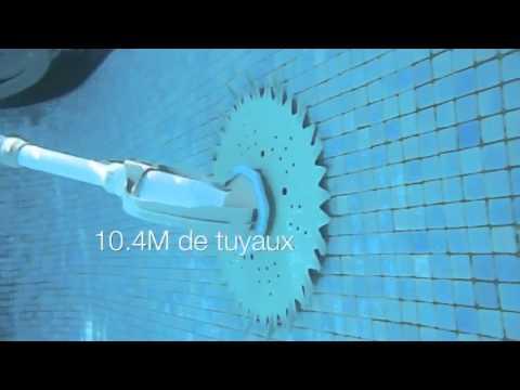 Robot piscine butterfly youtube for Aspirateur piscine youtube