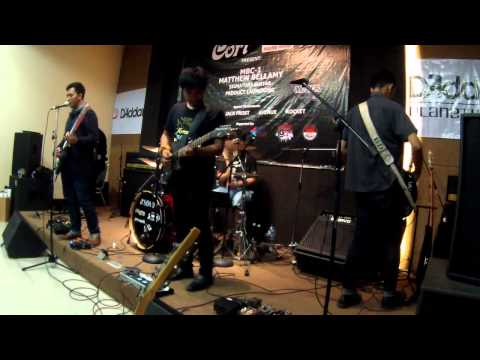 Plug In Baby (Muse Cover By Jack Frost At MBC-1 Launch Jakarta)