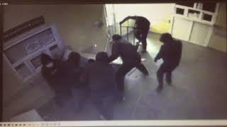 Ограбление банкомата за 2 минуты