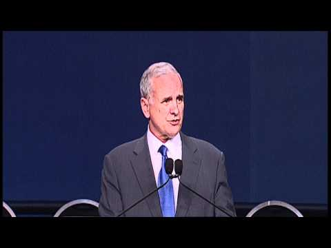 Minnesota Governor Mark Dayton Honored by NEA
