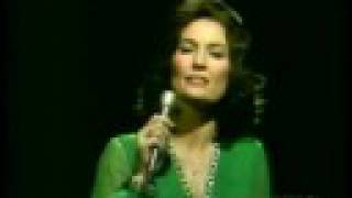 Loretta Lynn – Coal Miner's Daughter Video Thumbnail