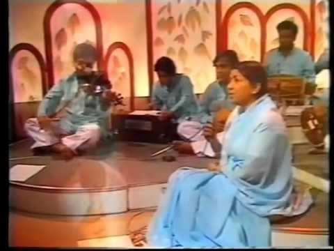 Very Rare Video: Lata Mangeshkar live concert 1971