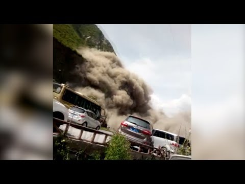 Landslide Disrupts Traffic in China's Sichuan Province