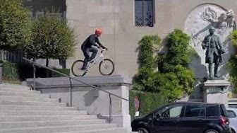 Bike in Town Lausanne Hazlitt Thonney
