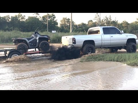 THIS IS WHY YOU DON'T TAKE A 2017 CAN-AM MUDDING!