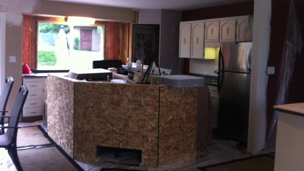 Kitchen renovation 70 39 s bi level youtube for Bi level foyer ideas