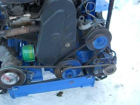 видео: Самодельный минитрактор переломка 4х4 запуск двигателя.