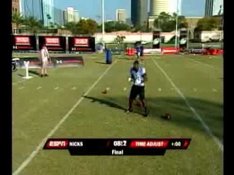 2009 State Farm College Football All-Star Challenge Hands Competition - Nicks and Norwood
