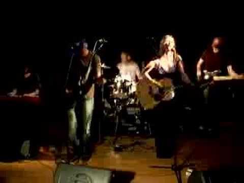 Astrid Williamson: Reach (live session)