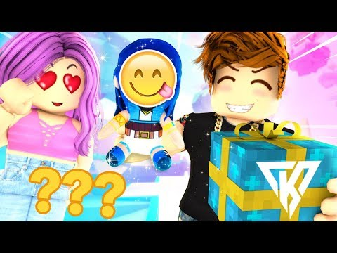 The Big Surprise Roblox Live Youtube