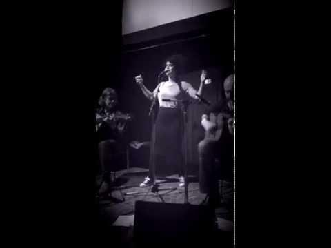 Dutch singer Meral Polat brings an ode to Kurdistan.