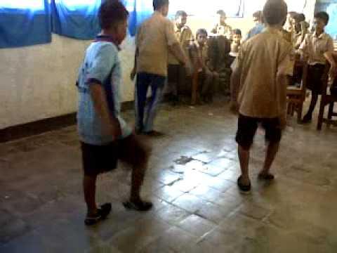 shuffle di kelas