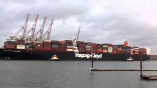 Hapag Lloyd New York Express Container Ship