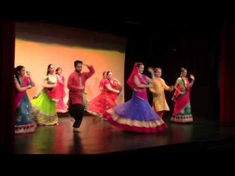 Pace Salam Paz Shanti Mir (saggio di fine corso Eos Trieste) Bollywood Cham cham - Aaj ki party