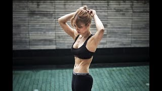 4 tips for a flat tummy