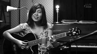 Karina Galicia #1 ( live session ) - Que nunca te falte nada / Calma Music Sessions