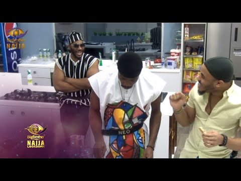 "<span class=""title"">Day 25: Housemate Fashion 