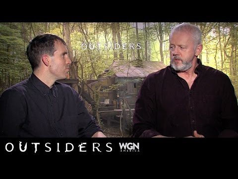 Ask Outsiders: Thomas M. Wright and David Morse discuss costumes and props