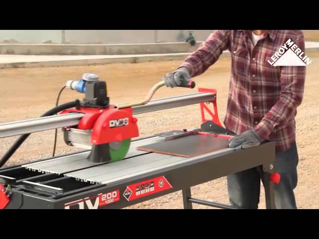 Utiliser La Scie De Carrelage Electrique Radiale Rubi Dv 200 Youtube