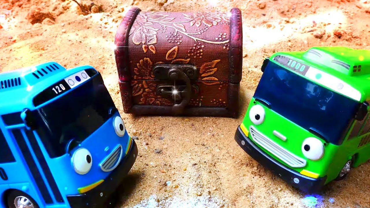 Tayo el pequeño autobús busca un tesoro. Juguetes de dibujos animados. Vídeo para niños