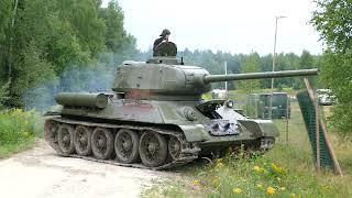 t-34-85-valecne-motory-2021